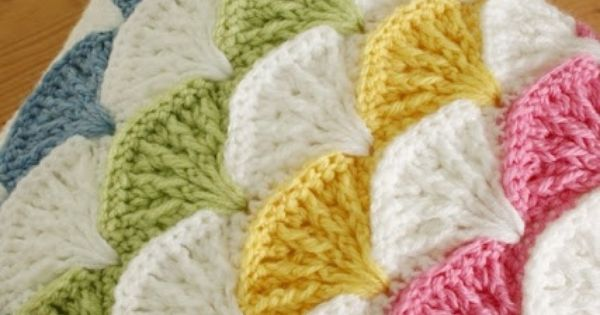 another pinner says: paintbrush crochet pattern- I don't do much crocheting, but