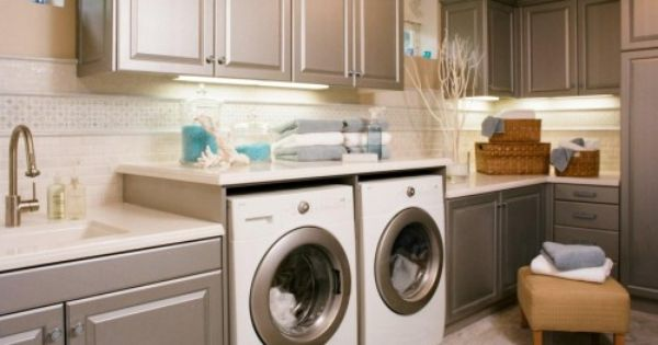 Such A Nice Laundry Room Love The Cabinet Color Modern Laundry