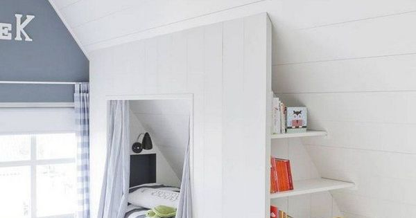 interessante idee f r kinderzimmer im dachgeschoss bett mit stauraum gem tlich wohnen. Black Bedroom Furniture Sets. Home Design Ideas
