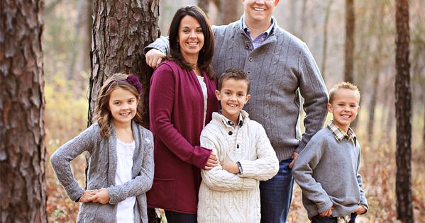 Fall Family Portrait session. Jillian Farnsworth Photography, Saint Louis, MO.