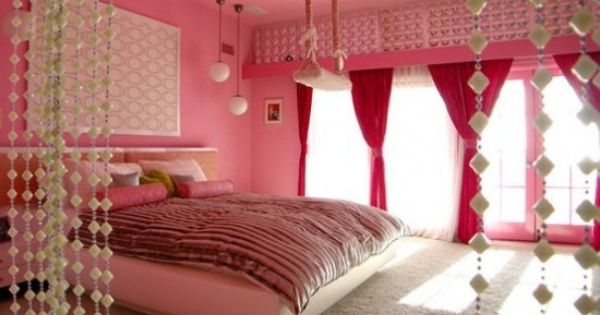 Colorful Beach House Design - Pink Bedroom