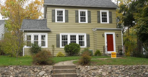 After Picture Of Aluminum Siding Exterior In Kalamazoo Mi Siding Sherwin Williams Renwick Olive