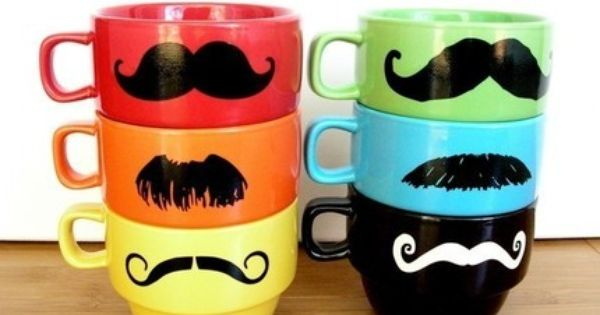 I moustache this set of coffe cups!