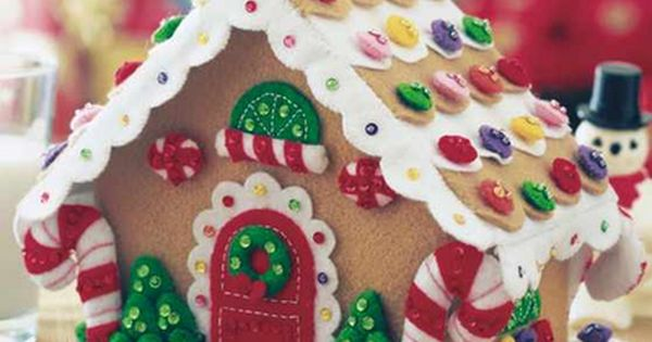 Felt Gingerbread House - easy instructions- if you don't glue down the