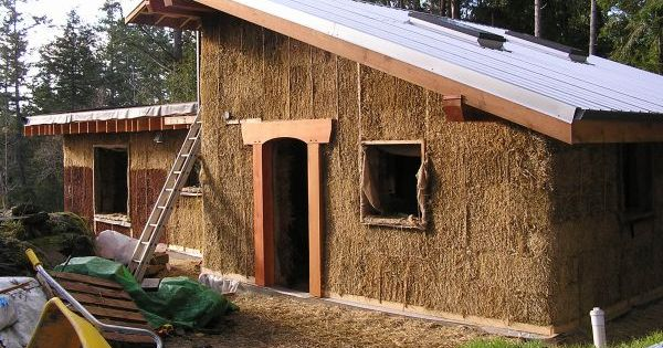 10 Straw Bale Homes An Eco Friendly Alternative To Explore Natural Building Straw Bale House Cob House