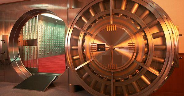 Bank Vault Transition (HD Video). 3D Transition Of A Bank Vault ...