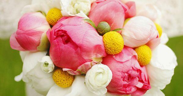 Perfect Bridal Bouquets: Wedding Advice - Want That Wedding ~ A UK