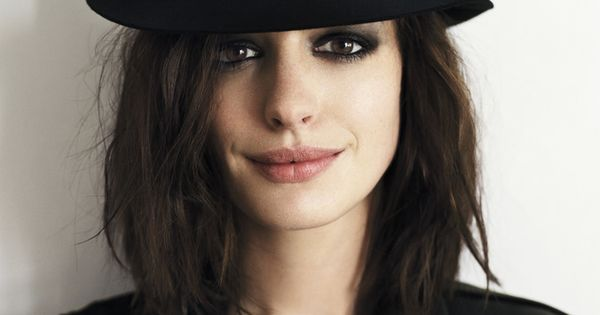 dark eyes. anne hathaway