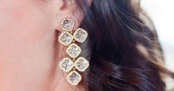 #earrings Photography: Christina Diane Wedding Photography - christina-diane.com Floral Design: Studio Choo