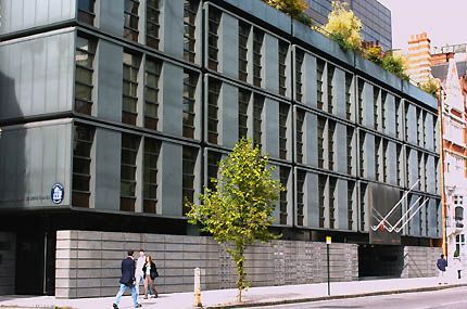 Royal Danish Embassy London By Arne Jacobsen Arne Jacobsen Architecture Arne Jacobsen Jacobsen