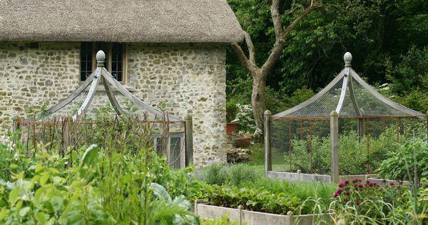 17th century farmhouse devon rejuvenation project arne for Garden design devon