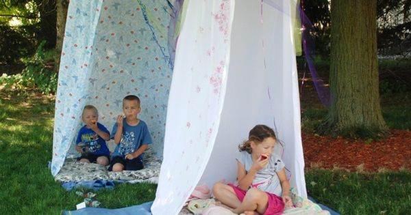 Make little hideouts of hula hoops and shower curtains. Make these with