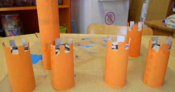 Versier keukenrollen als torens om aan te bieden in de bouwhoek om kastelen te bouwen bc - Versier het huis ...