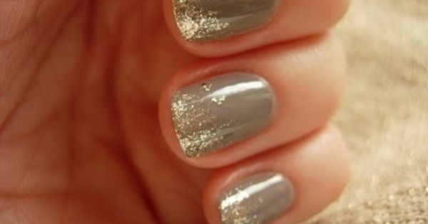 gray nails, gold glitter