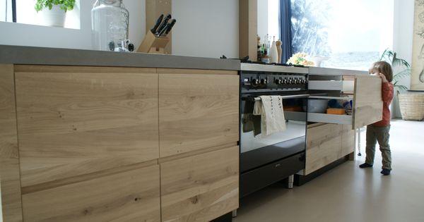 ikea keuken karkas aangekleed door frontz massief eikenhouten greeploze fronten en deuren met. Black Bedroom Furniture Sets. Home Design Ideas