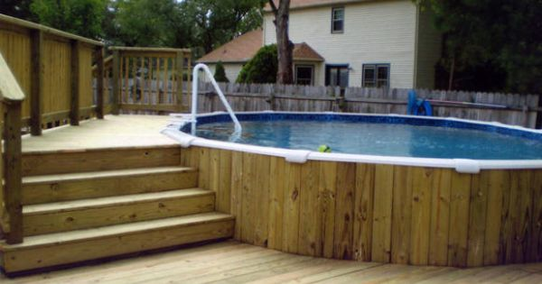 Above ground swimming pool deck use lattice or potted for Above ground pool decks images