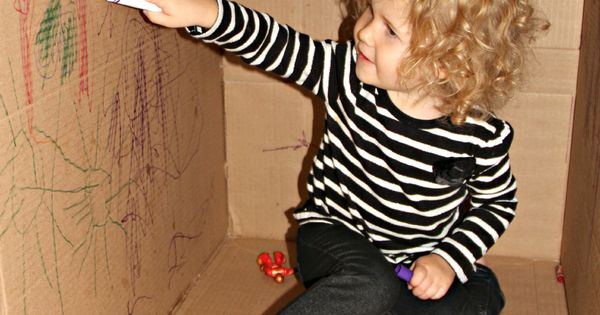 toddler activity, coloring a big cardboard box