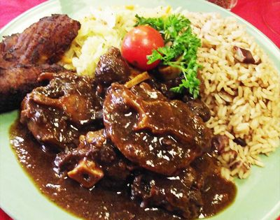 Oxtail, Jamaican oxtail and Caribbean food on Pinterest