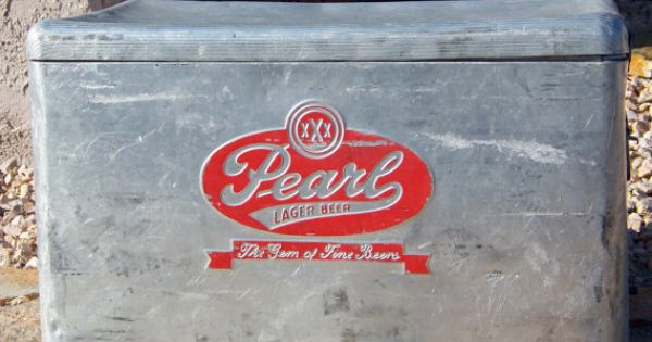 Vintage Pearl Lager Beer Ice Chest Rare Coca Cola
