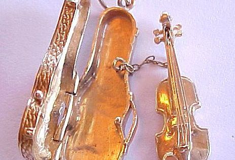 14k Gold Charm Violin In Case Removable With Bow Charms