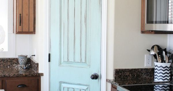 paint door an accent color LOVE