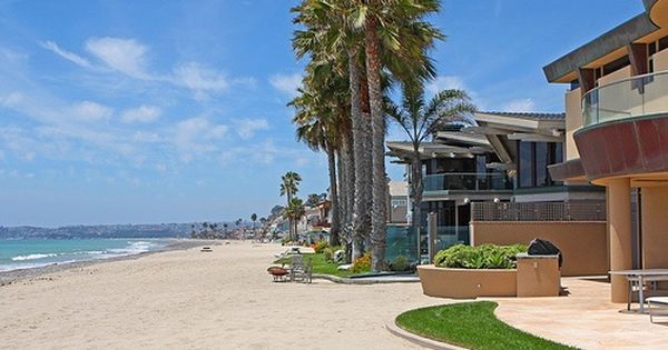 Yes Yes I D Become A Padre Fan If I Could Live In This San Diego Beachfront Home With This Incredibl Beachfront House Beachfront Rentals San Diego Houses
