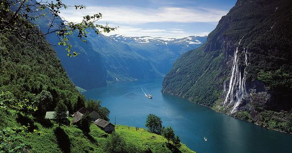 Most Beautiful Place On Earth According To National Geographic Geirangerfjorden Norway
