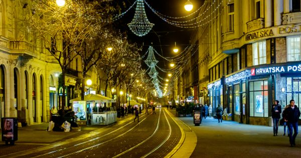 Emanuel Zagreb Night Street View