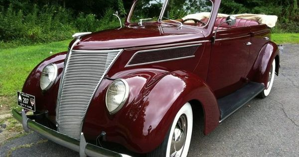 Ford Deluxe 1937 Ford Model 78 Sedan Convertible Ford Models Classic Cars Ford Convertible