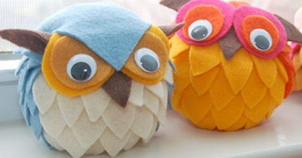 East Coast Creative: 10 Fall Kids' Crafts Styrofoam balls with felt (maybe
