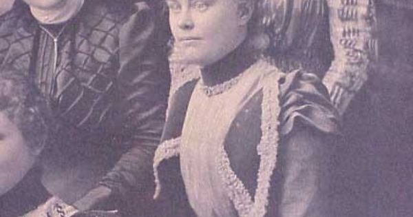 Lizzie borden accused of killing her father and stepmother for Most famous child murders