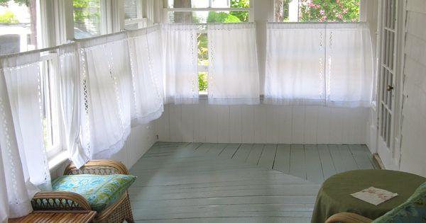 Martha S Vineyard Home Style Front Deck Wicker