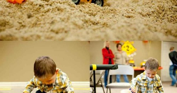 Construction sand box