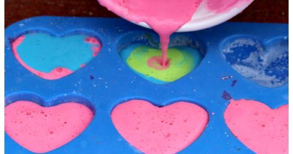 DIY Sidewalk Chalk - 3 ingredients!! wallartroad kids crafts