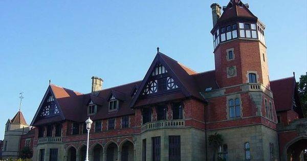 Palacio de miramar una casa de campo inglesa en san for Casa de campo la reina