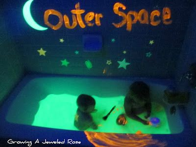 Outer Space Bath: Glow in the dark bath with glow sticks