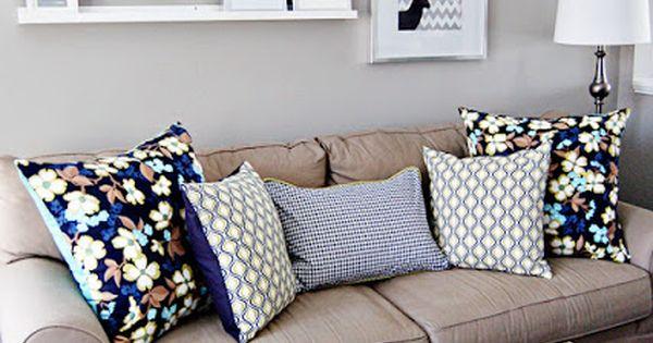 Shelf and picture arrangement over sofa  인테리어 디자인  Pinterest ...