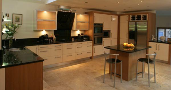 Optiplan Gloss Kitchens Bespoke Kitchens In Basingstoke Camberley Farnham Knaphill High Wycombe Reading Swind Bespoke Kitchens Gloss Kitchen Home Decor