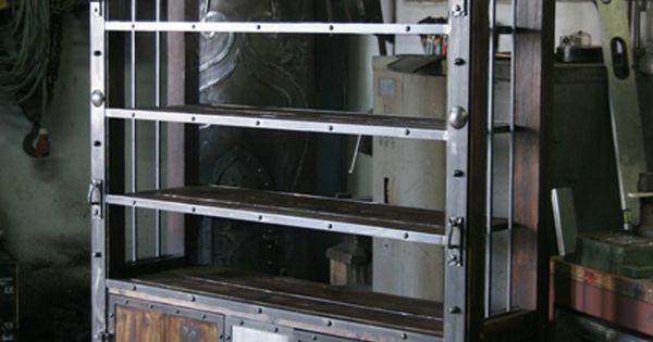 Bookshelf by workbench pinterest - Muebles industriales antiguos ...