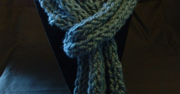 Finger Knitting Uses : Finger knit scarf we used to love knitting as