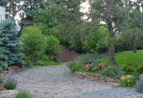 Charming Country Home Driveways Natural Driveway