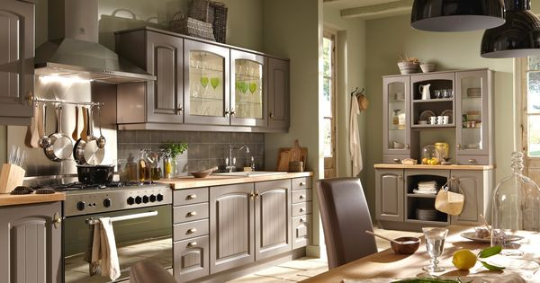 cuisine bruges par conforama cuisine rustique et si on la modernisait un peu cuisine. Black Bedroom Furniture Sets. Home Design Ideas