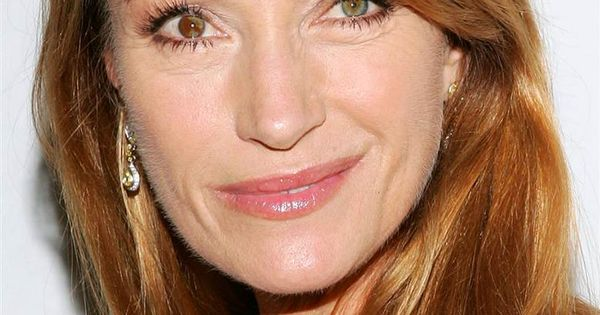 Quot Bond Girl Quot Jane Seymour Has A Crooked Smile Along With
