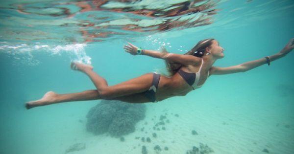 Wooo It S Friday Make A Splash This Weekend With New Acacia Swim Http Www Swell Com Womens Swimwear Acacia Biarritz B Acacia Swim Underwater Beach Photos