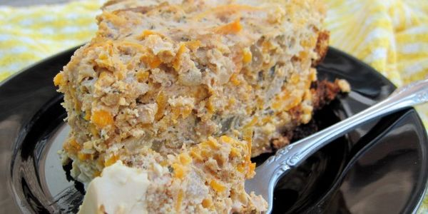Easy Crockpot Breakfast Pie - eggs, sweet potato, pork sausage, onion