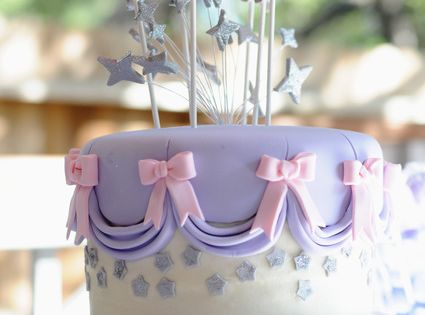 girl party cake purple pink