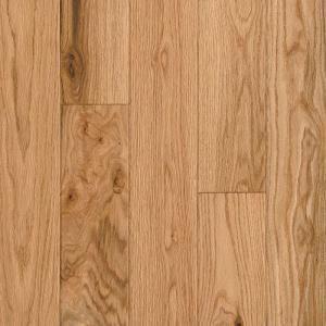 Bruce American Vintage Scraped Natural Red Oak 3 4 In T X 5 In W X Varying L Solid Hardwood Flooring 23 5 Sq Ft Case Samv5rn Solid Hardwood Floors Hardwood Floors Handscraped Wood