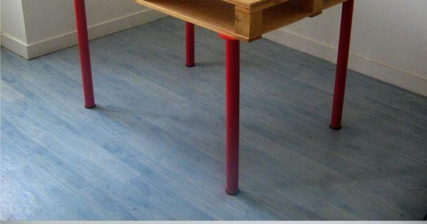 Mesa de escritorio con un pal mesas piernas y caf - Mesas de pale ...
