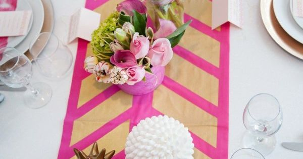 handpainted table runner. cool idea!