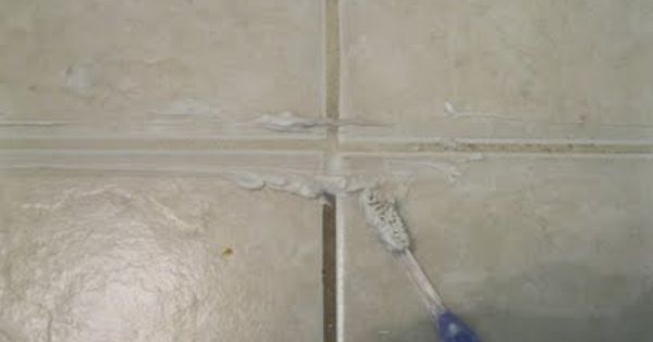✔️Miracle Grout Cleaner: 1/4 cup bleach & 3/4 cup baking soda